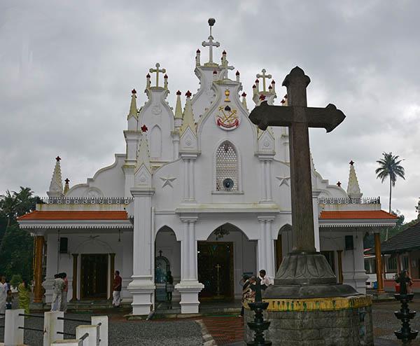 St. Simons Jacobite Church, Velloor, Kottayam Photo by Dr. Jacob Mathew, Malankara World