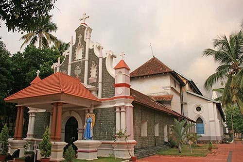 St. Thomas Kottakavu Church (North Parur, Kerala, AD 52) by Dr. Jacob Mathew, Malankara World