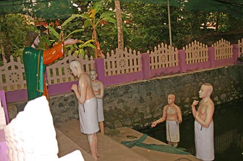 St. Thomas Kottakavu Church, North Parur, Kerala, St. Thomas baptizing the First Christians in Malankara