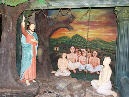 St. Thomas Kottakavu Church, North Parur, Kerala, St. Thomas preaching to Natives in Malankara, 1st century AD