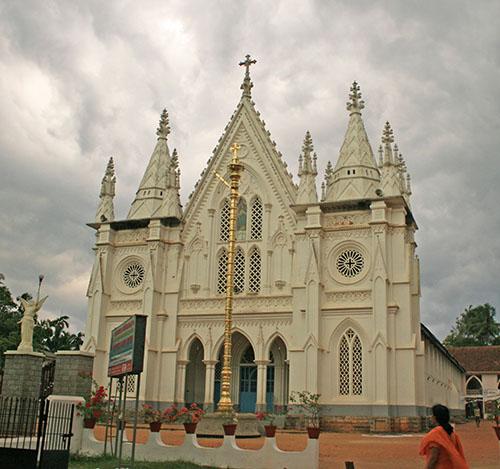 St. Thomas Kottakavu Church, North Parur, Kerala, front view