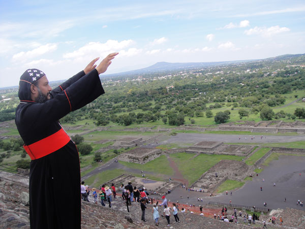 Yeldo Mor Theethose - Mexico Trip 2013